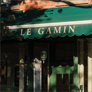 le gamin brooklyn greenpoint landing near two blue slip apartments
